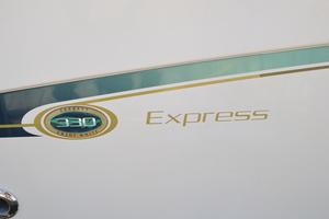 Sweet Caroline is a Grady-White 33 Express Yacht For Sale in Beaufort--64