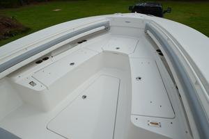 is a Regulator 28FS Yacht For Sale in Hampstead--41
