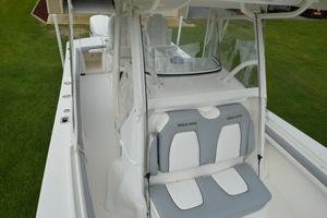 is a Regulator 28FS Yacht For Sale in Hampstead--45