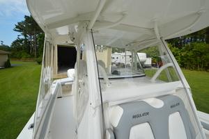 is a Regulator 28FS Yacht For Sale in Hampstead--37