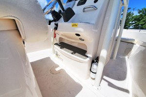 is a Grady-White 209 Sportfisherman Center Console Yacht For Sale in Urbanna--12