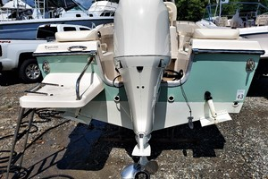 is a Grady-White 209 Sportfisherman Center Console Yacht For Sale in Urbanna--24